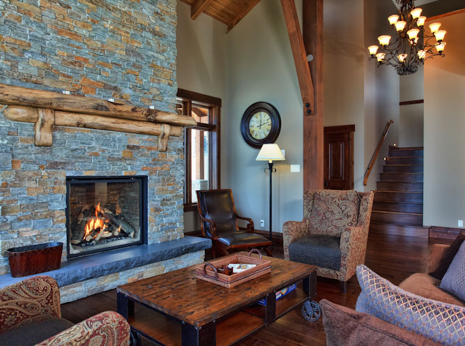 Sun Peaks Mountain Retreat living room.